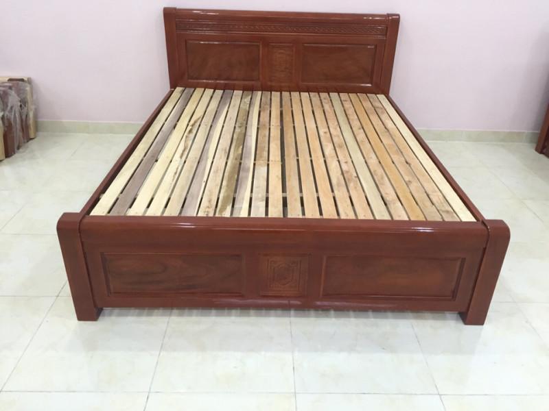 Giường ngủ gỗ Xà Cừ giá rẻ