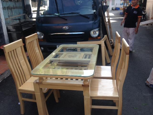 Bộ bàn ăn gỗ Sồi Nga 2 tầng 4 ghế