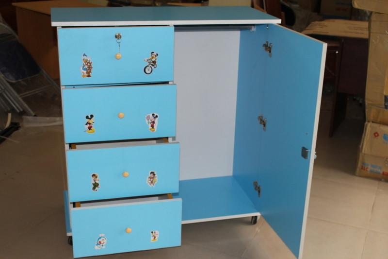Tủ quần áo trẻ em gỗ MFC màu Xanh dán hình 1