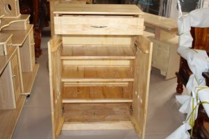 Tủ dép gỗ Cao Su màu tự nhiên 1