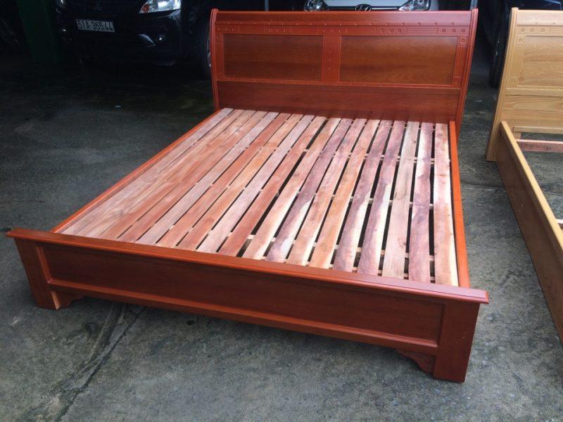 Giường ngủ gỗ ghép phủ Xoan