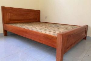 Giường ngủ gỗ Xoan Bắc thanh lý 1