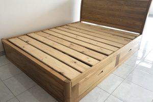 Giường gỗ Sồi Mỹ có ngăn kéo